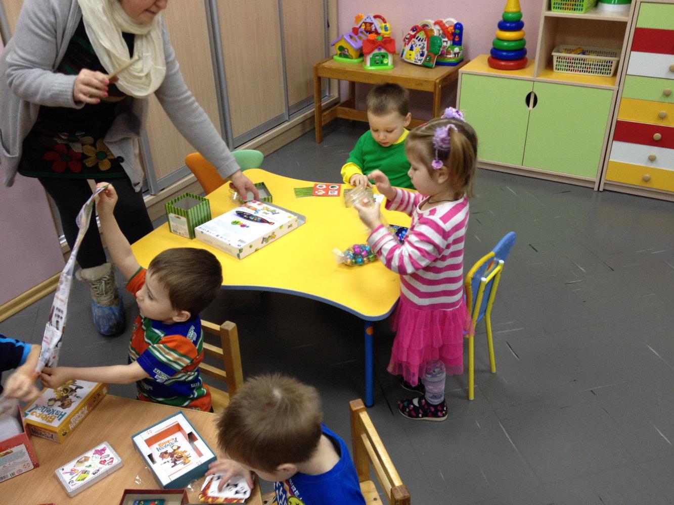 Музыка вручение подарков детям 12
